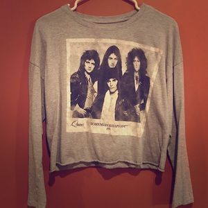 Queen Cropped Band Tee